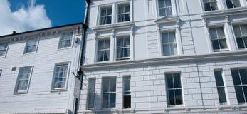 Le tunbridge royal jaillit des bâtiments Photos libres de droits