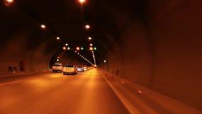 Le tunnel de route banque de vidéos