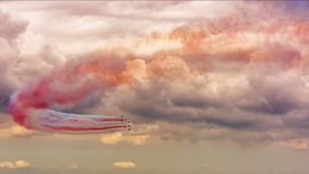 Le turc tient le premier rôle l'équipe acrobatique aérienne Image libre de droits