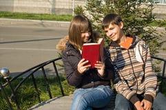 Le type et la fille Photo libre de droits