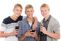 Le unga grabbar fotografering för bildbyråer