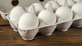 Le uova bianche si chiudono in su Focuse selettivo Fotografia Stock