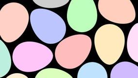 Le uova di Pasqua cambiano il colore da bianco a variopinto video d archivio