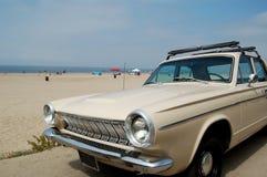 le véhicule américain a façonné vieux photographie stock