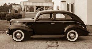 Le véhicule de cru à la vieille sépia de wagon-restaurant a modifié la tonalité Image libre de droits