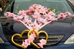 Le véhicule wedding décoré Photos libres de droits