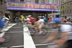 le vélo Boro cinq TD ny de 2009 côtés voyagent Image libre de droits