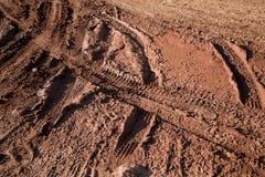 Le vélo de boue suit la texture Images libres de droits