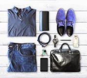 Le vêtement et les accessoires des hommes Images libres de droits