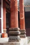 Le vecchie colonne di stile cinese Immagine Stock