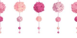 Le vecteur balançant le papier rose Pom Poms de fête d'anniversaire et les perles ont placé le modèle sans couture horizontal de  illustration de vecteur
