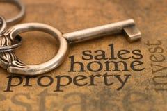 Le vendite si dirigono la proprietà Fotografie Stock Libere da Diritti