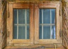 Le verre de fenêtre Vieille trame en bois photo stock