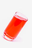 Le verre de l'eau, l'eau de boissons, boivent le rouge Image libre de droits