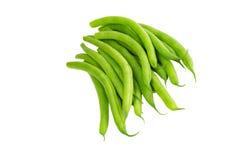 le vert frais d'haricots a isolé Image stock
