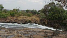 Le Victoria Falls avec la brume de l'eau banque de vidéos