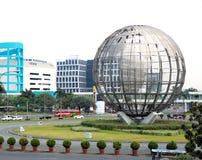 Le vie delle città filippine Paesaggio della città Immagini Stock