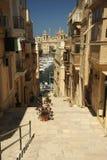 Le vie ripide di Vittoriosa, Malta Fotografia Stock Libera da Diritti