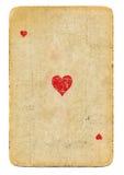 Le vieil as de carte des coeurs jouant a employé le fond de papier d'isolement Photo libre de droits