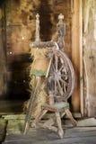 Le vieil axe, la vie de village Type rustique Image libre de droits