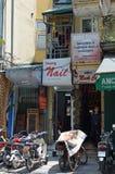 Le Vietnam - Hanoï - maisons de tube Images stock