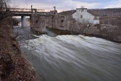 Le vieux barrage GES photos libres de droits
