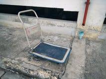 Le vieux chariot photos stock