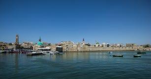 Le vieux mur de ville et port de l'akko, Israël photos stock