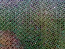 Le vieux plat en acier vert de plate-forme s'est rouillé, Fond vert de texture en métal photographie stock libre de droits