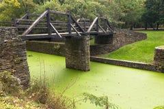 Le vieux pont au-dessus du canal de Potomac près des harpistes transportent en bac Images libres de droits