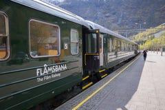 Le vieux train Flamsbana, Flam, Norvège Images libres de droits