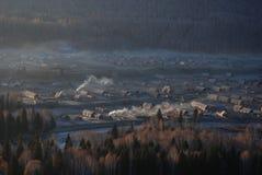 Le village dans le morning2 photo stock