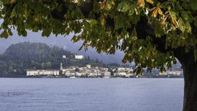 Le village de Bellagio un jour d'automne photo stock