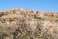 Le village de Kawkaban sur le Yémen Image stock
