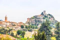 Le village médiéval de Tourrette-Levens images libres de droits
