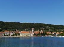 Le village Veli Iz dans le méditerranéen Image libre de droits