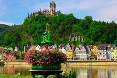 Le vin enfoncent Cochem sur la Moselle images stock