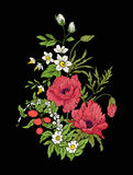 Le vintage de broderie fleurit le bouquet du pavot, jonquille, anémone, Photo libre de droits