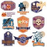 Le vintage de Halloween badges, des emblèmes ou des labels Photos stock