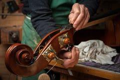 Le violon-fabricant image libre de droits