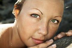 Le visage de jeune femme Image libre de droits