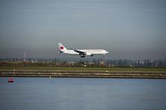 Le vol d'Air Canada arrive à l'aéroport de Kingsford-Smith sydney Images libres de droits