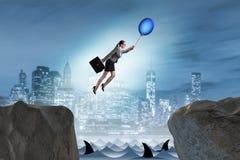Le vol de femme d'affaires sur le ballon dans le concept d'affaires Image libre de droits