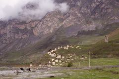 Le volte medievali complesse nel villaggio di Dargavs Immagine Stock Libera da Diritti