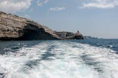 Le voyage de bateau autour de l'île de la Corse Photographie stock libre de droits
