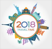 Le voyage et la bonne année 2018 conçoivent le fond avec des icônes et des points de repère de tourisme illustration libre de droits