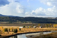 Le Wyoming scénique au sud-est du parc national grand de Tetons photo stock