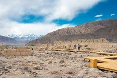 Le XINJIANG, CHINE - 21 mai 2015 : Site en pierre de ville de Tashkurgan a Photographie stock libre de droits