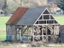 Le XVIème siècle noir de grange, ferme de Woodoaks, croix d'érable image stock