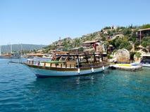 Le yacht ancré dans Kekova Photos stock